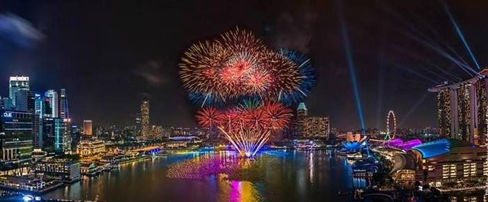 2014年に向けてのカウントダウン・イベントがシンガポール各地で開催!